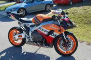 Мотоцикл в отличном состоянии и со всеми документами